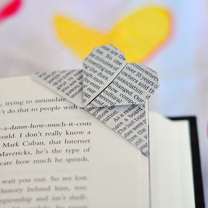 Book-page-corner-bookmark