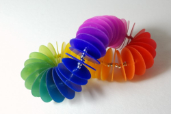 Color-Gradient-Bracelet-600x401
