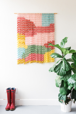 Paper-chain-wall-hanging-1