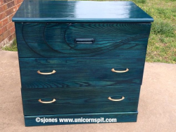 Beat-up-to-beauty-with-unicorn-spit-spitchallenge-creativejuice-how-to-painted-furniture