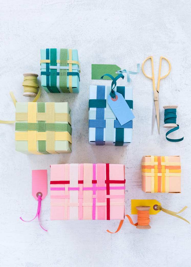 Ribbon-Weaving-Gift-Wrap-Studio-Carta-7638-1