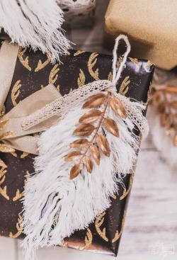 DIY-Macrame-Feather-Christmas-Ornament-4