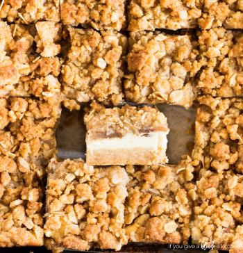Apple-cheesecake-bars-streusel-09.2018