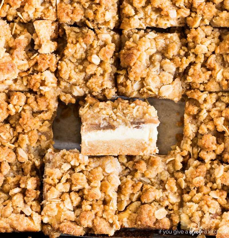 Apple-cheesecake-bars-streusel-09.2018
