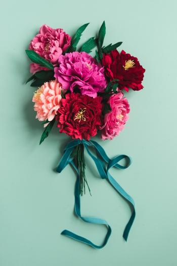 DIY-Paper-Peony-Bouquet-20-of-25