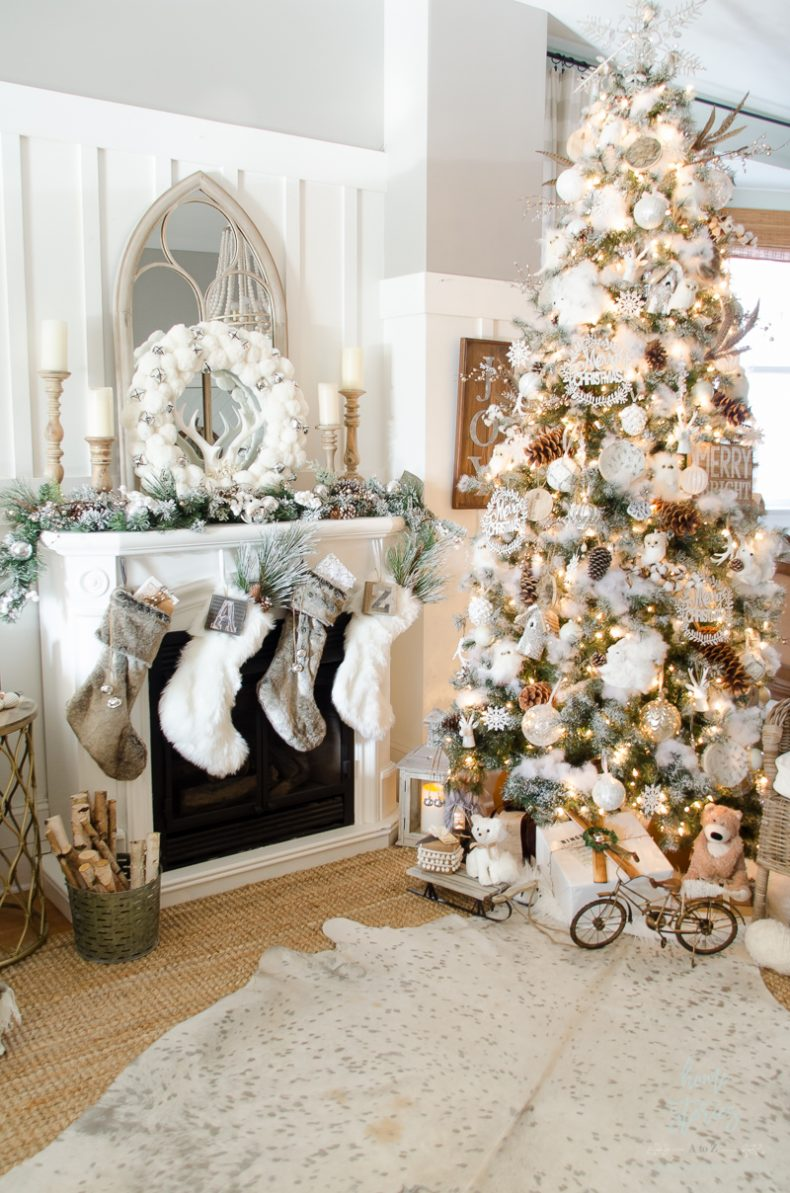 How-to-decorate-a-Christmas-tree-rustic-glam-farmhouse-790x1193