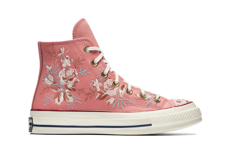 Floral-embroidered-sneakers-converse-2