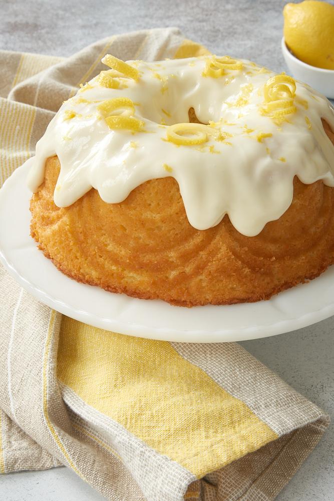 Lemon_bundt_cake00131k